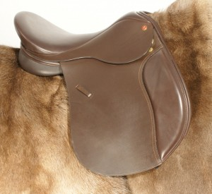 The First Comfort Discovery By Saddle Exchange Saddling Solutions, we later added the stitch through the flap.