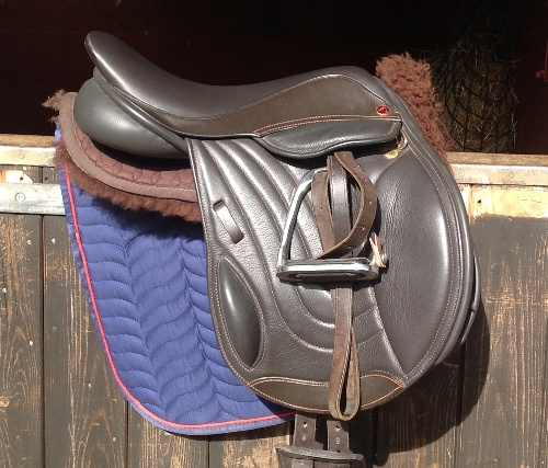 Comfort Elite Elevation Pony Mono-Flap Jumping Saddle